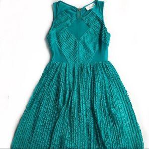 En Creme • Bloomingdale's Party Dress